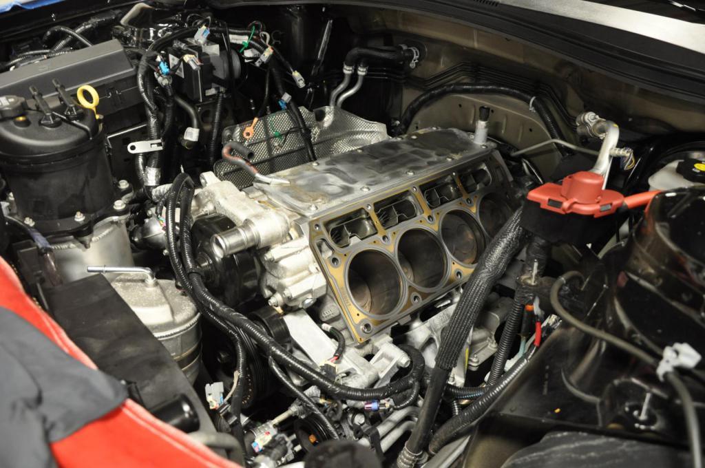 Livernois Motorsports 2015 Camaro Z/28 Build-3-small.jpg