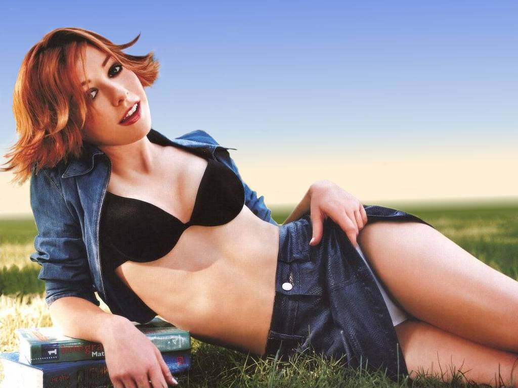HOTTEST WOMEN EVER-8ace1-alyson-hannigan-cool-jpg