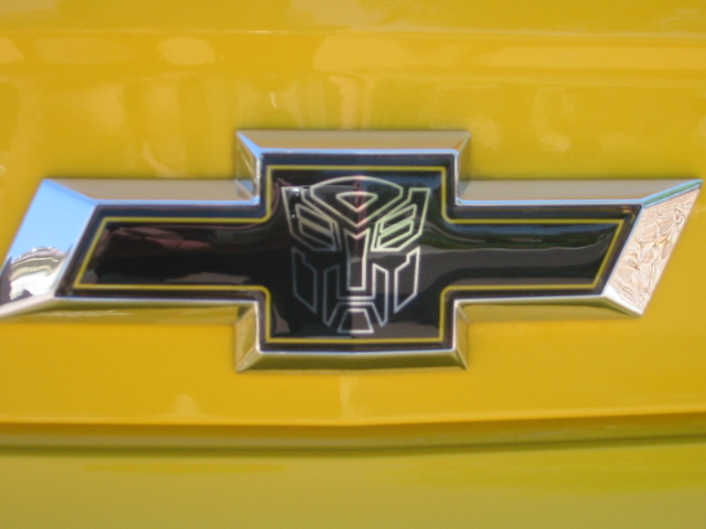 Custom Decals and Emblems for Camaro-bumble-bee-pics-006.jpg