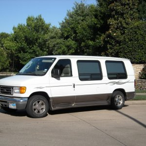 My Daily Driver 2006 Ford E150 Tuscany Conversion Van
